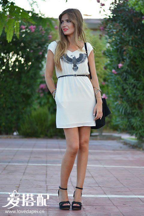 小白裙搭配